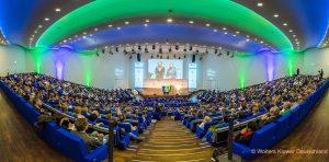 Auf dem Deutschen Ausbildungsleiterkongress präsentiert Aon`s Assesment Solutions Strategien für die Azubi-Gewinnung