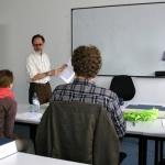Kursteilnehmer der Online-Ausbildung zum Dolmetscher im Präsenzunterricht